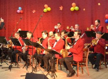 Джаз-оркестр имени Кима Назаретова выступит в Сальске 17 марта