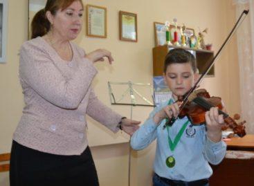 Национальное достояние-2017: сальчане успешно выступили на международном конкурсе