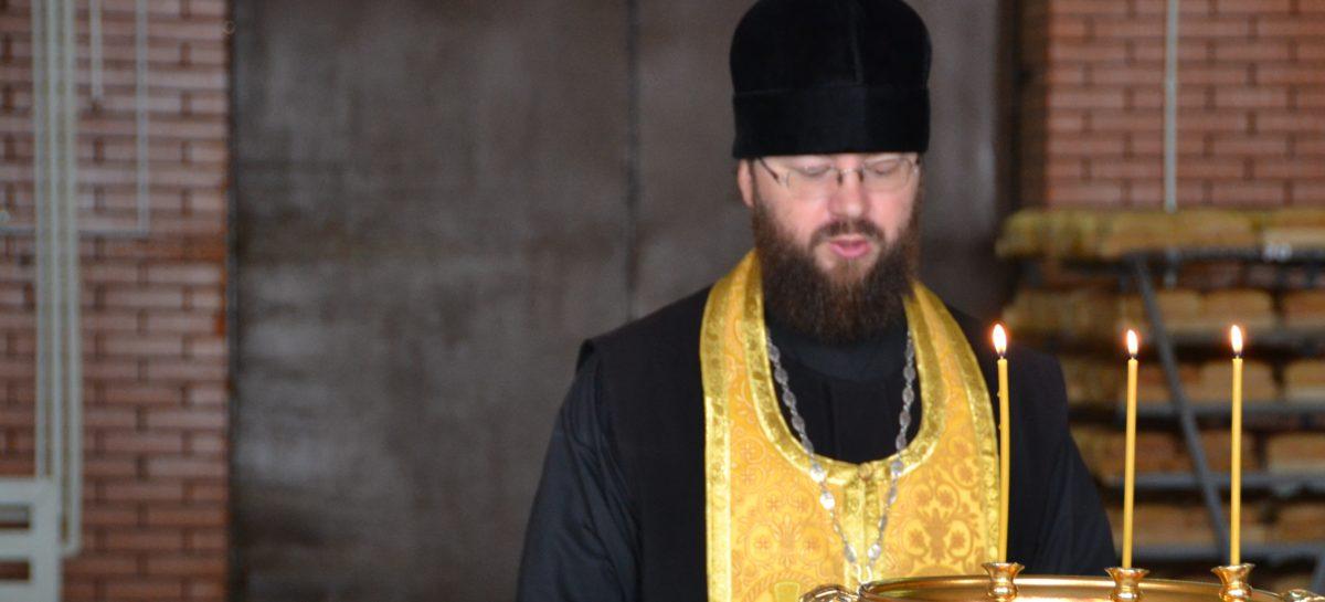 Протоиерей Дмитрий Фёдоров: «Есть два святых места — это храм и кладбище»