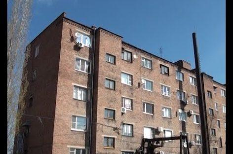 Третью неделю в пятиэтажках на улице Железнодорожной нет горячей воды. Сюжет