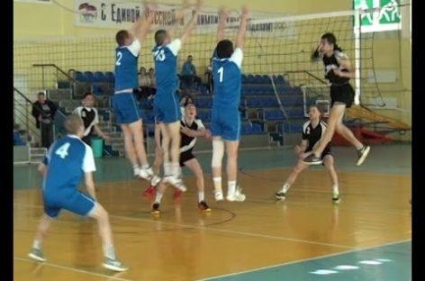 Мужской турнир по волейболу прошёл в сальском спорткомплексе. Сюжет