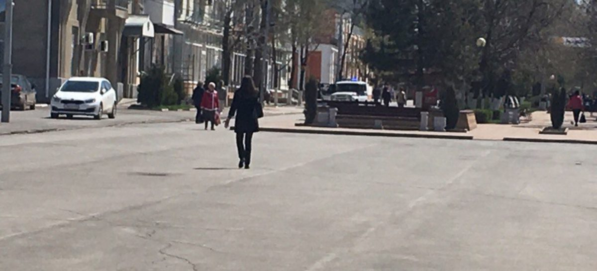 Сальчанин позвонил в полицию, увидев бесхозную коробку в центре города