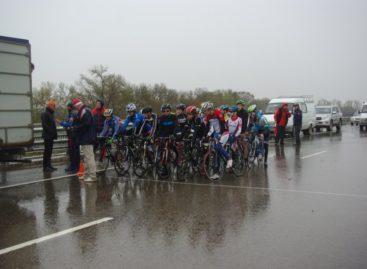 Велосипедисты Сальского района привезли восемь наград с областных соревнований