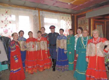 Ансамбль «Лазоревая степь» приглашает на концерт в Сальский Дворец культуры