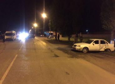 В Сальске на Западном столкнулись три авто: есть пострадавшие