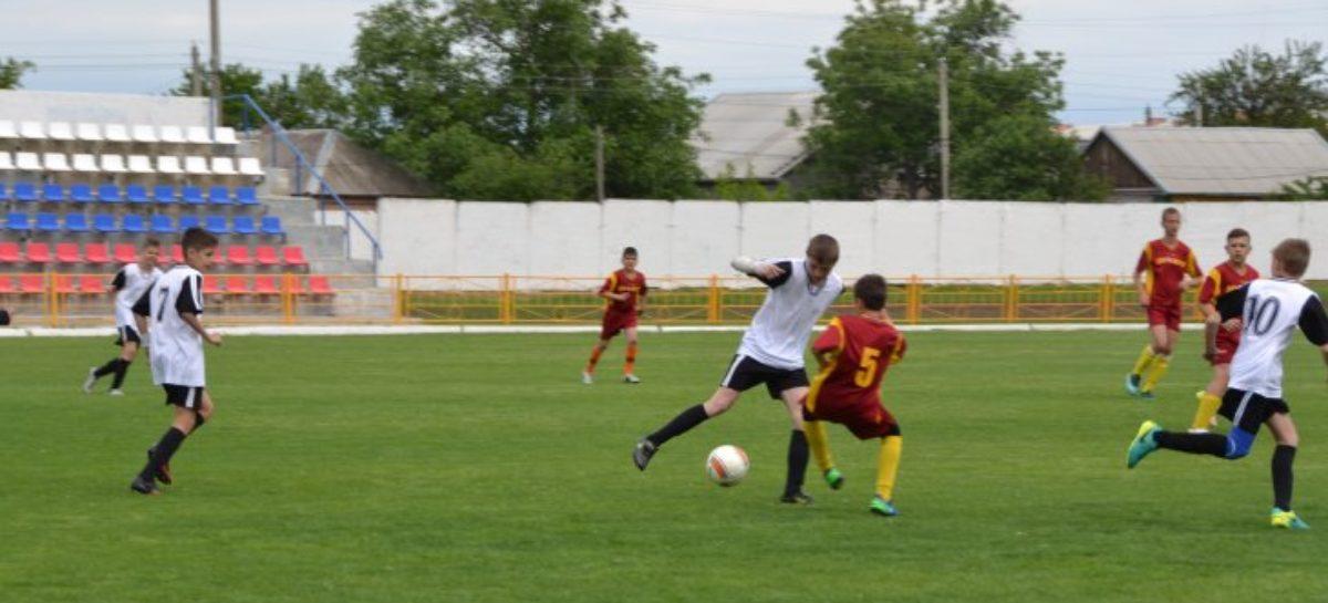 Футболисты Сальской спортшколы — шестые в ЮФО и СКФО