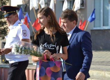 В День России юные сальчане получили первые паспорта