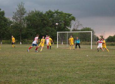 Сальский футбол: подведены итоги 5 тура