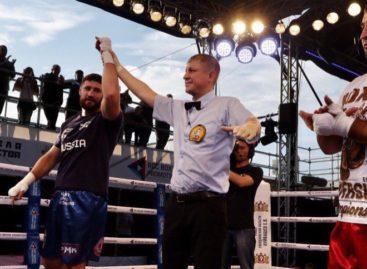 Сальский боксер Гасан Гимбатов победил в первом профессиональном бою
