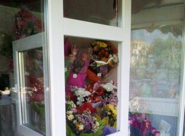 Сальские романтики глазами продавцов-цветочников