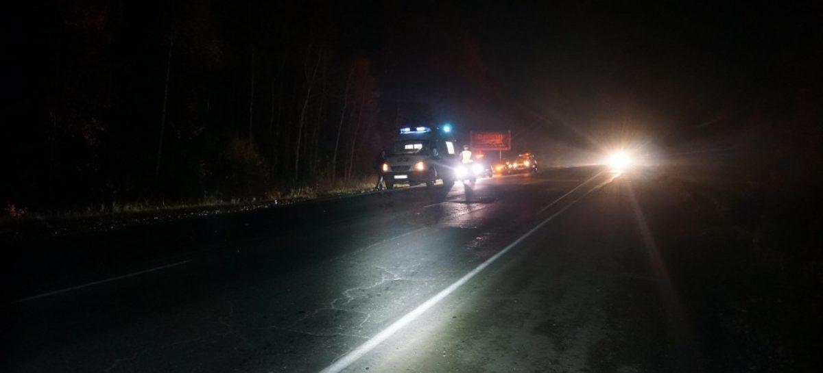 «Фольксваген» перевернулся ночью на участке автодороги «Усмань-Весёлый-Сальск»