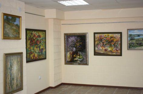 Выставка «Таланты родной земли» открыта в художественной галерее «Космос»