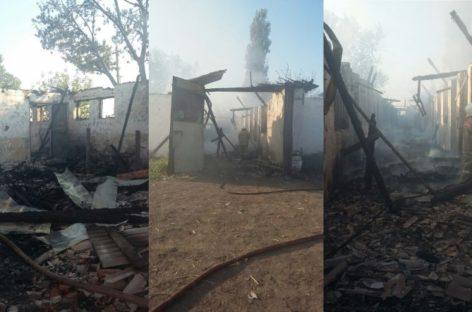 Страшный пожар случился в конюшне посёлка Верхнеянинский Сальского района