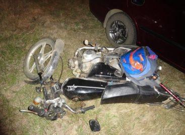 В Сальском районе в результате ДТП погибла 41-летняя пассажирка мопеда