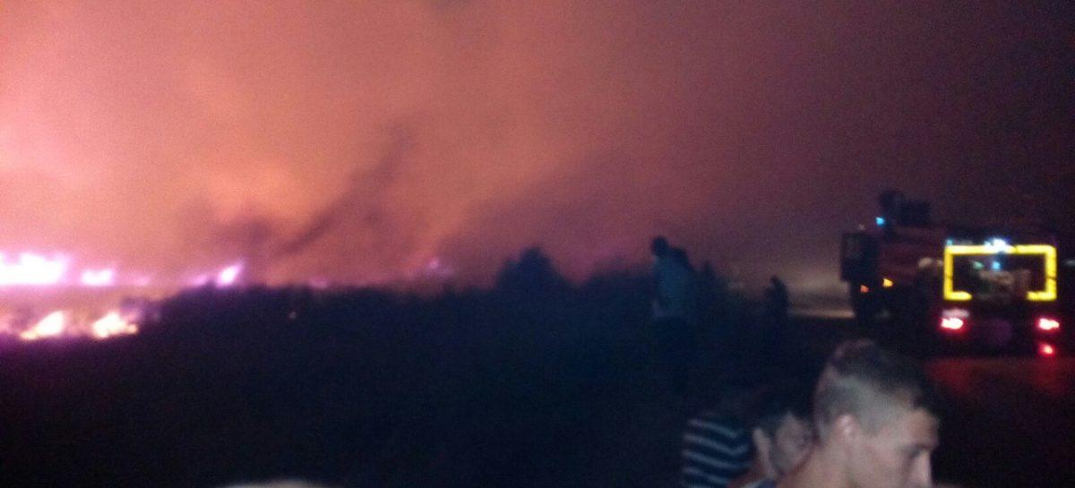 Крупный ландшафтный пожар тушили в Гигантовском сельском поселении