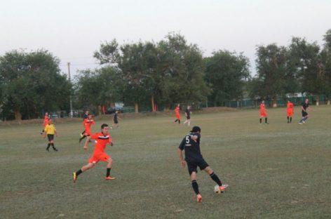 Сальская «Русь» сразится с «Колосом» Дубовского района на футбольном поле 19 августа