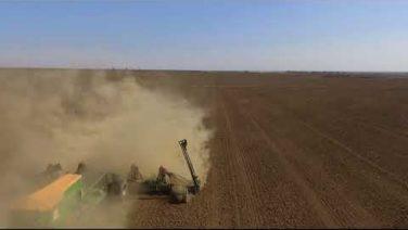 В Сальском районе начался посев пшеницы — видео с коптера