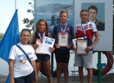 Гребля: сальчане отметились в Усть-Донецке