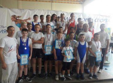 Открытый турнир по тяжёлой атлетике: сальчане установили личные рекорды