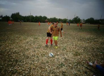 Сальчан приглашают на футбол 3 сентября