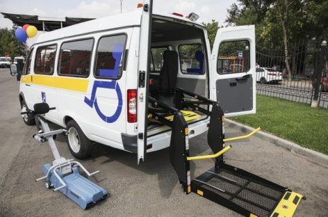 В Сальске будет работать «социальное такси» для инвалидов-колясочников