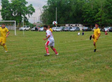 Чемпионат Сальского района по футболу: как сыграли 15-й тур