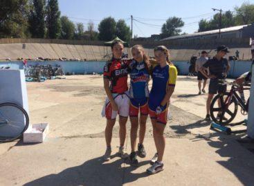 Сальчанка завоевала «золото» на первенстве России по велоспорту на треке