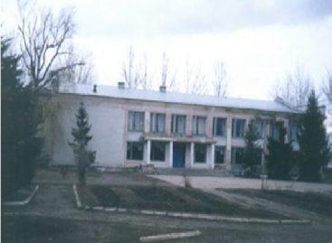 Селяне мёрзнут в Доме культуры села Бараники Сальского района