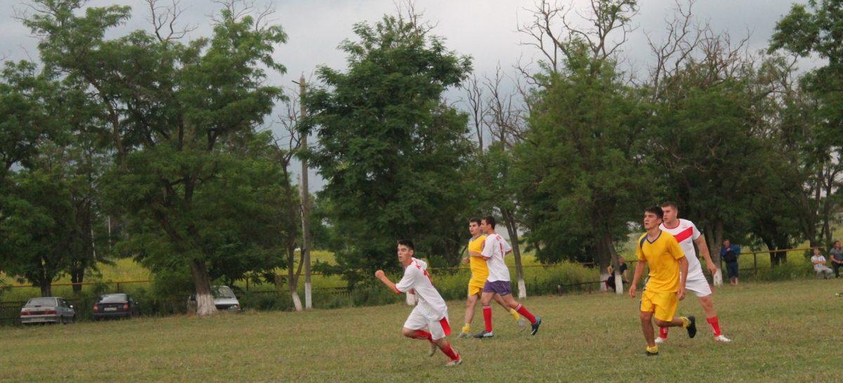 Сальский футбол: как сыграли 20-й тур районного чемпионата