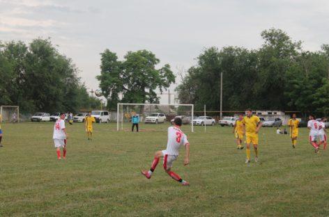 Определены лучшие команды по итогам 18-ти туров районного чемпионата по футболу