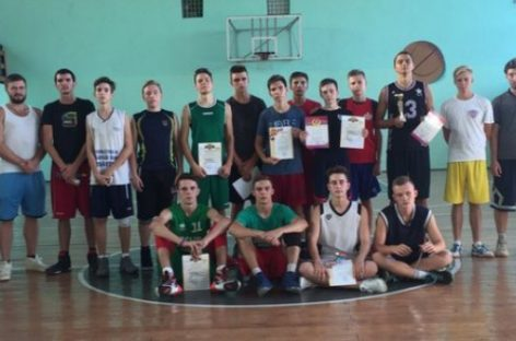 В Сальске прошёл мини-турнир по баскетболу