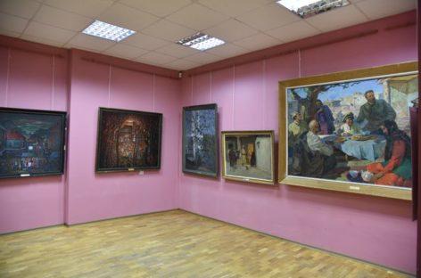 В Сальском художественном музее открыта экспозиция «Искусство 20 века»