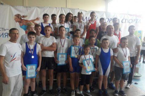 Все силы – Сальску: турнир по тяжелой атлетике