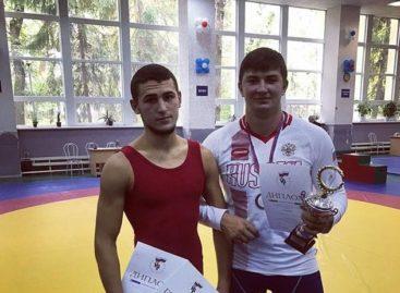 Борцы Гиганта стали призерами всероссийского турнира