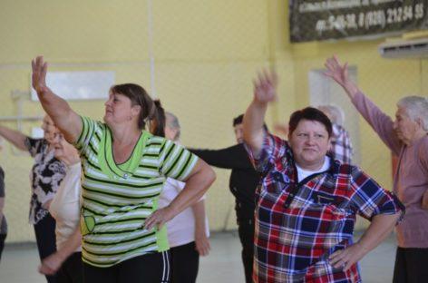 В Сальске нормы ГТО сдали пожилые и инвалиды