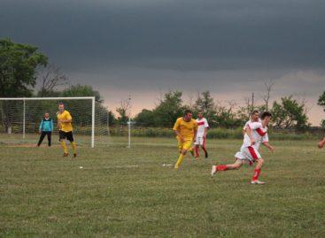 Футбол в Сальске: кто стал лучшим бомбардиром после 21 тура