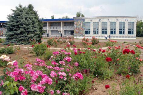 В посёлке Белозёрный идёт ремонт Дома культуры