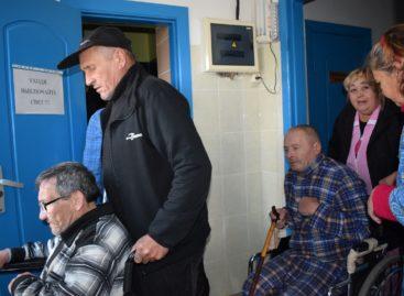 В Сальске эвакуировали лиц без определённого места жительства