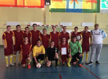 Студенты Сальского района сыграли в мини-футбол