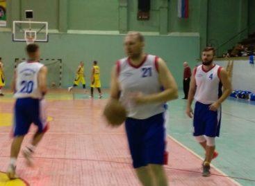Баскетбол: в составе «Искры» Сальск обыграл Новочеркасск