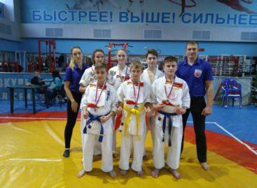 Сальские каратисты киокусинкай отметились в Ростове