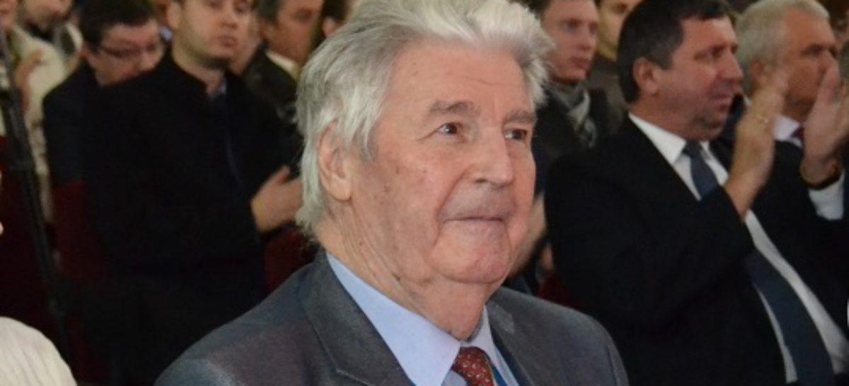 Почётный гражданин Сальского района награждён орденом Платова