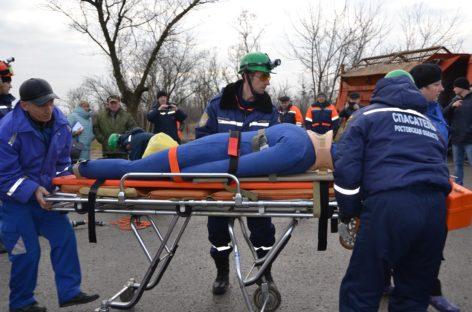 В Сальске ликвидировали последствия «ДТП», в котором «погиб» человек