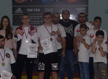 Сальчане завоевали десять наград на межрегиональном турнире по тэкфайту
