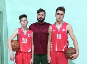 Сальчане участвуют в чемпионате России по баскетболу