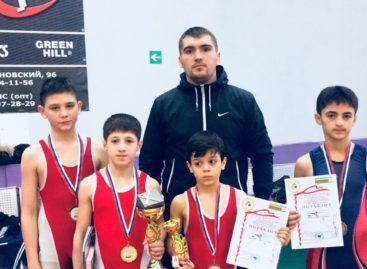 Гигантовские борцы взяли четыре медали в Ростове