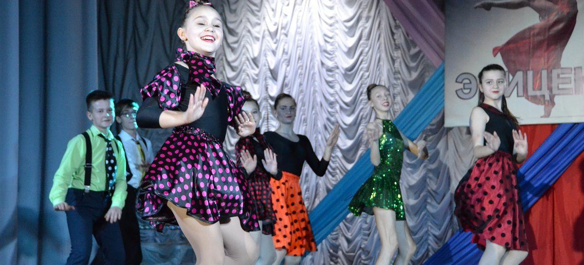 Команда «Колоритмы» победила в третьей игре танцевального шоу «Эпицентр»