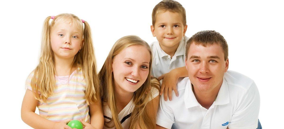 Семьи с детьми от 3 до 7 лет получат поддержку в Ростовской области