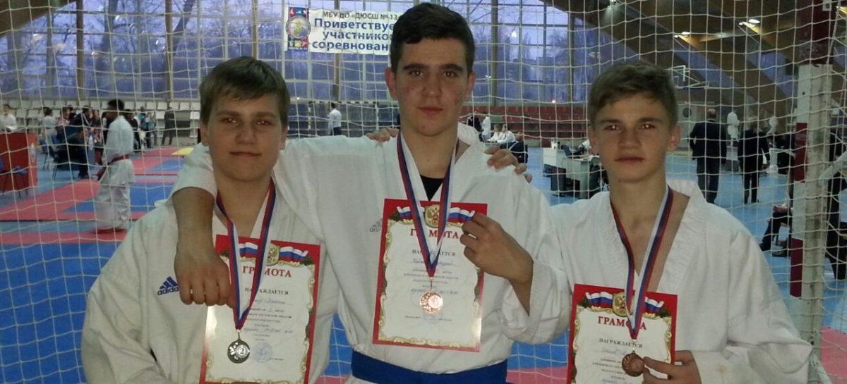 Сальчане из клуба «Контакт» завоевали награды областного первенства по каратэ