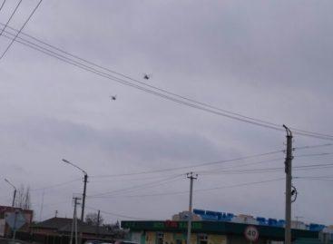 Военные вертолеты в небе над Сальском летели на базу под Волгоградом